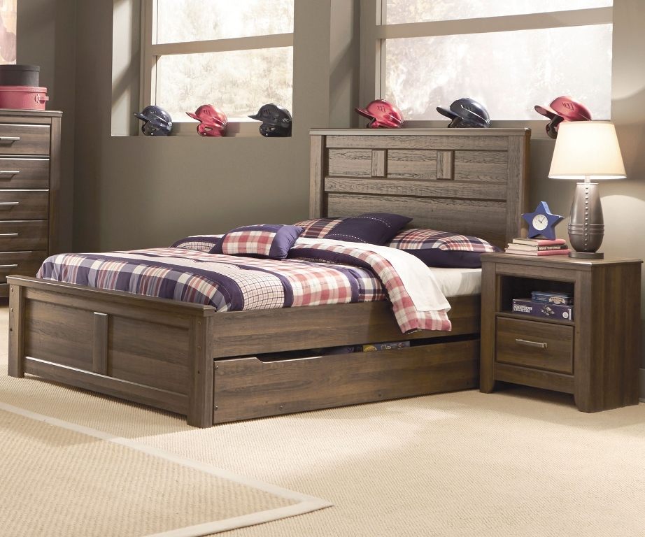 Image of: building a full size trundle bed frame