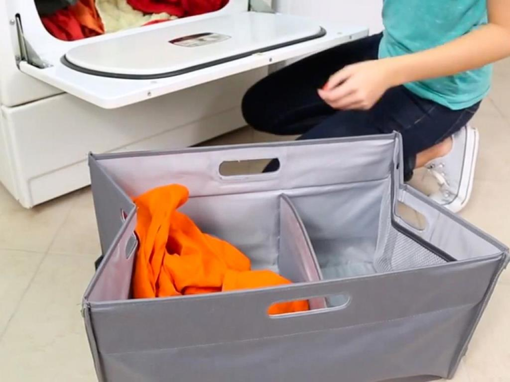 Image of: Collapsible Laundry Hamper With Wheels