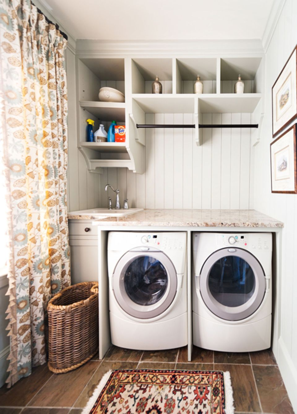 Image of: Laundry Room Cabinets Wall