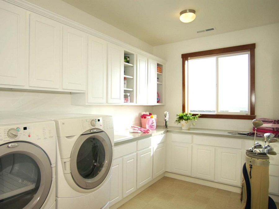 Image of: Laundry Room Cabinets