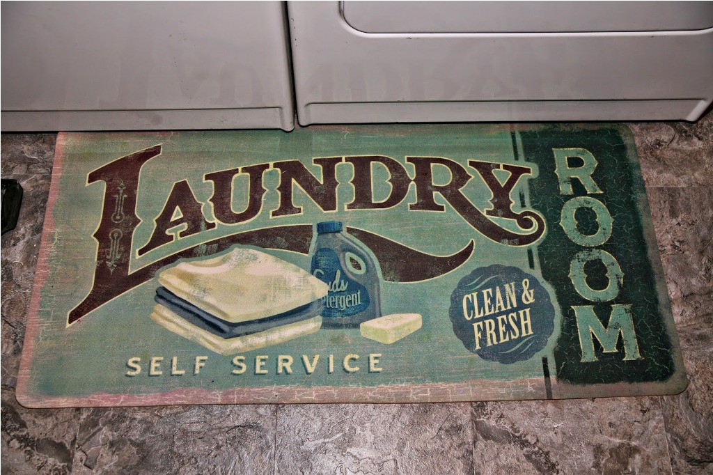 Image of: Laundry Room Rug Accessories