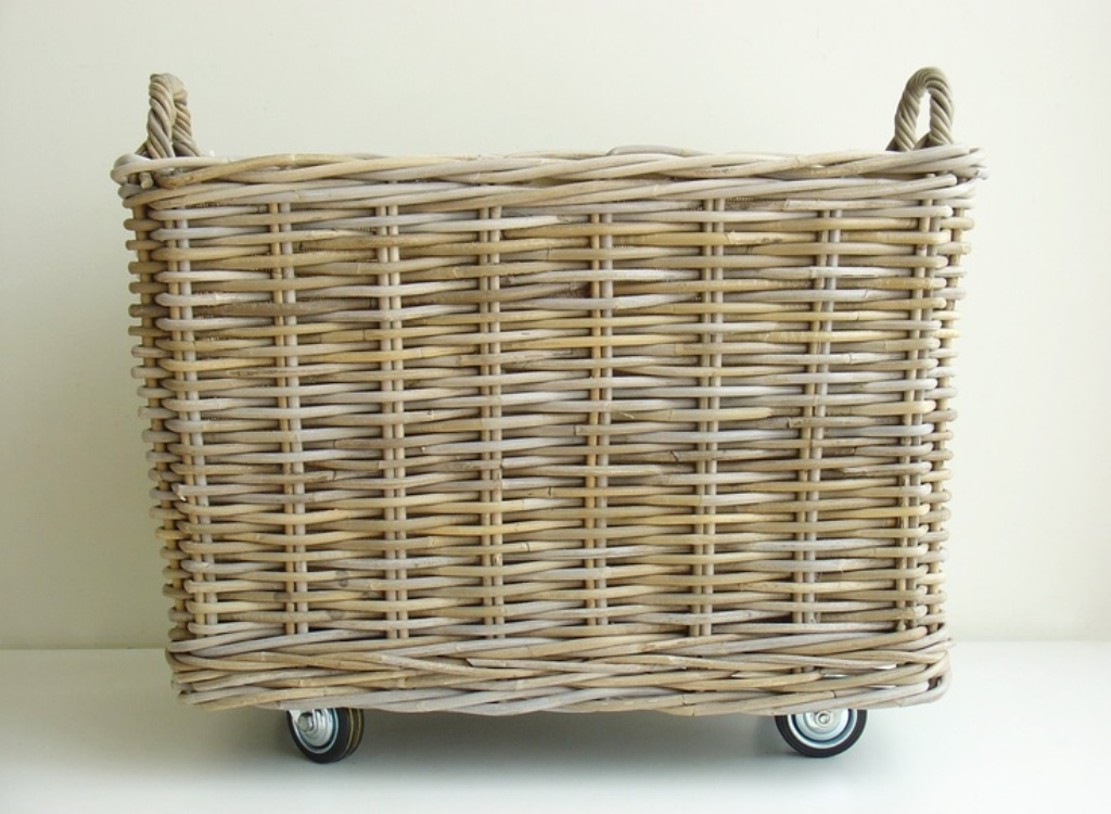 Image of: metal laundry hamper and basket