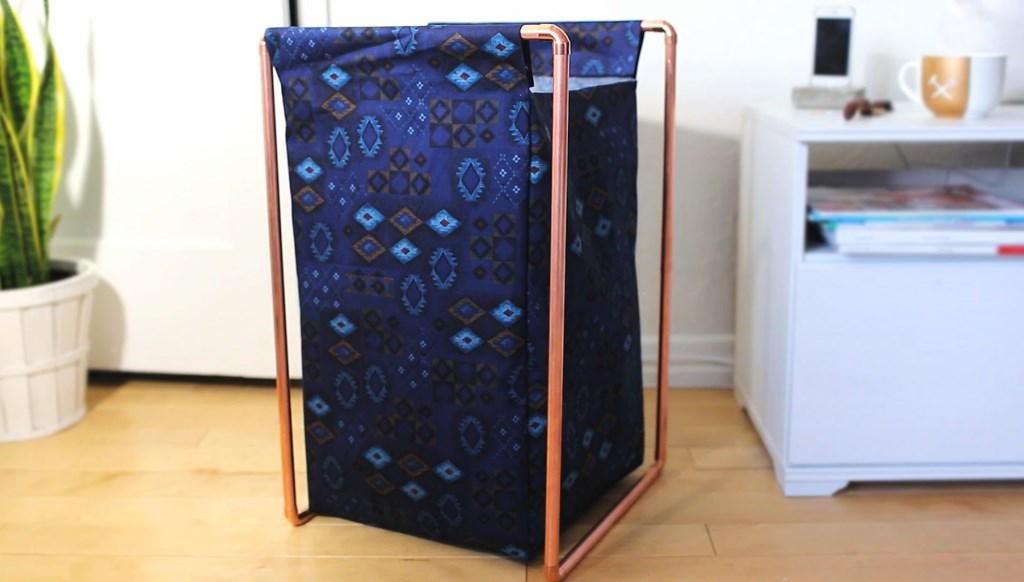 Image of: metal laundry hamper with lid