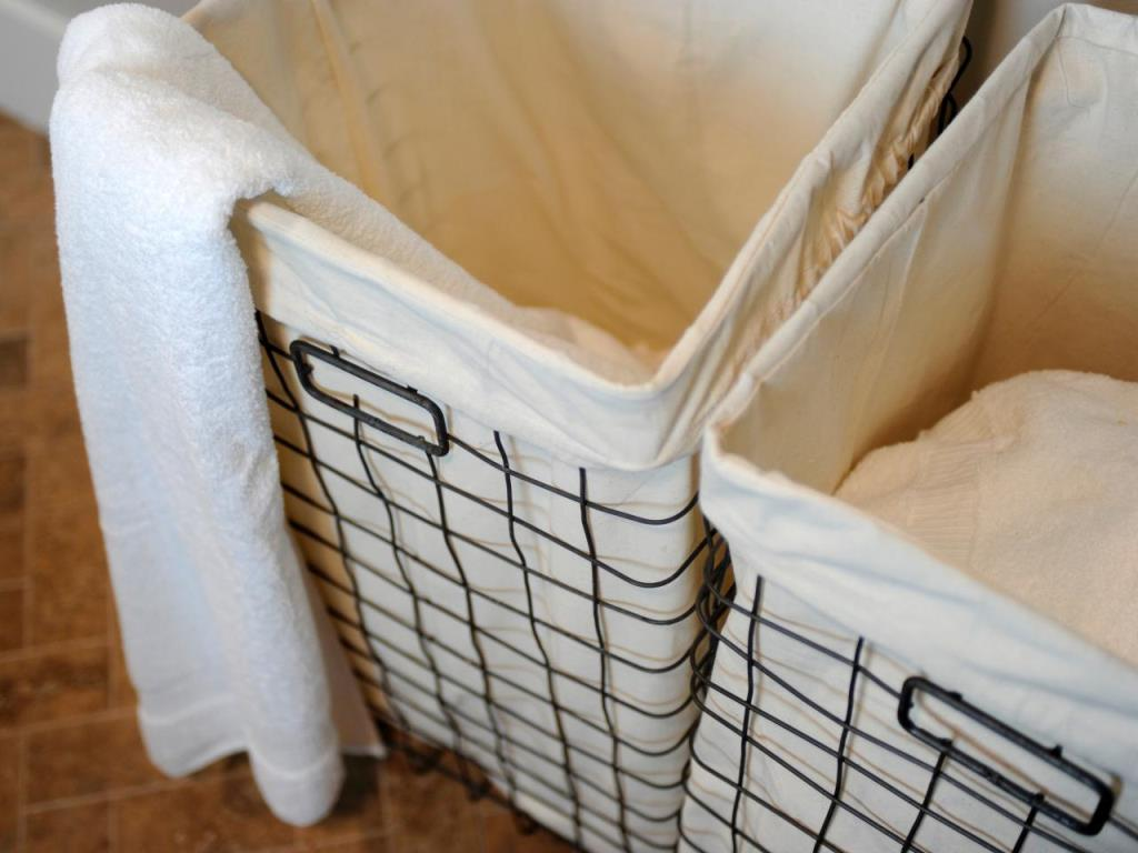 Image of: metal laundry hamper with removable bag