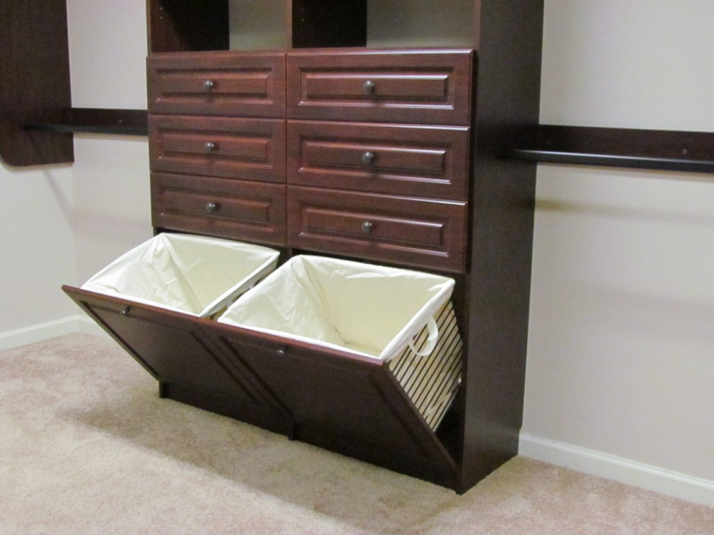Image of: Modern Laundry Hamper With Lid