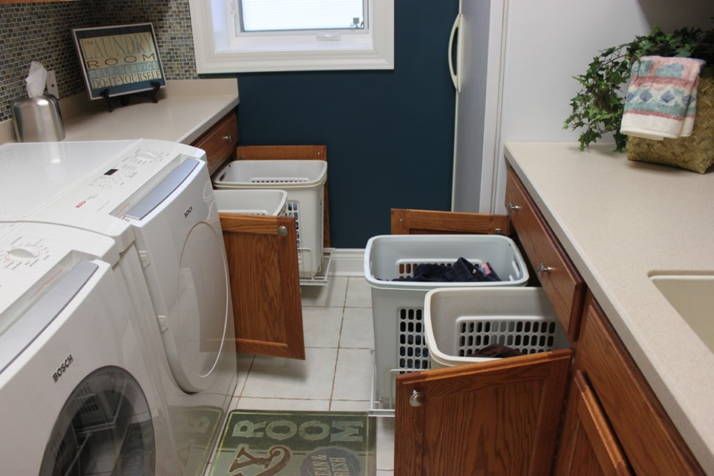 Image of: rolling laundry cart for elderly