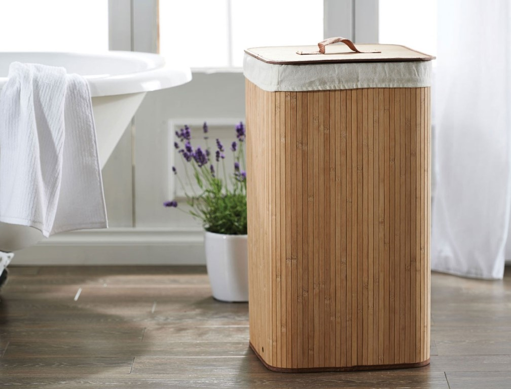 Image of: Simple Bamboo Laundry Hamper