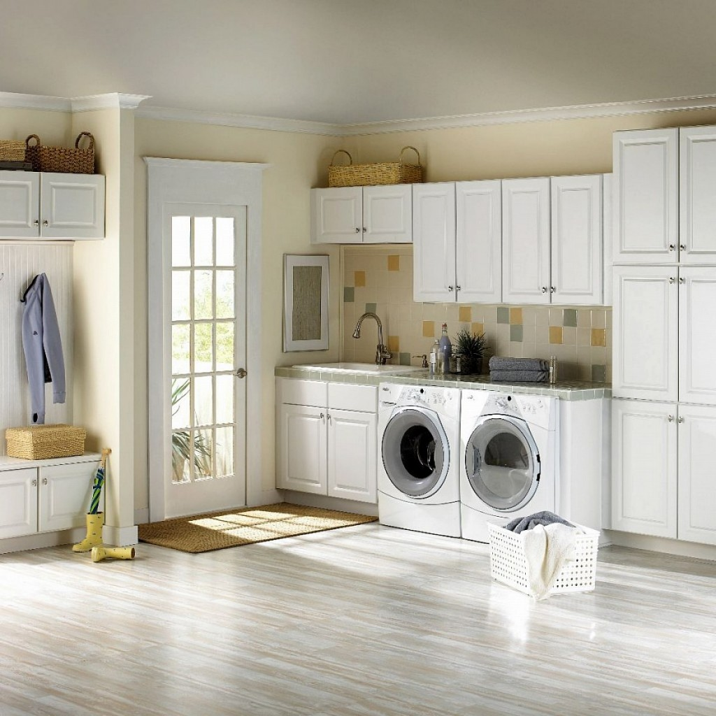 simple-ikea-laundry-room