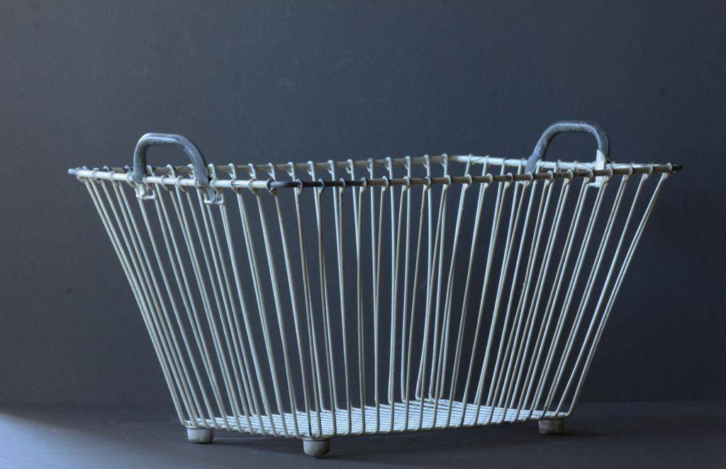 Image of: Vintage Wire Laundry Hamper