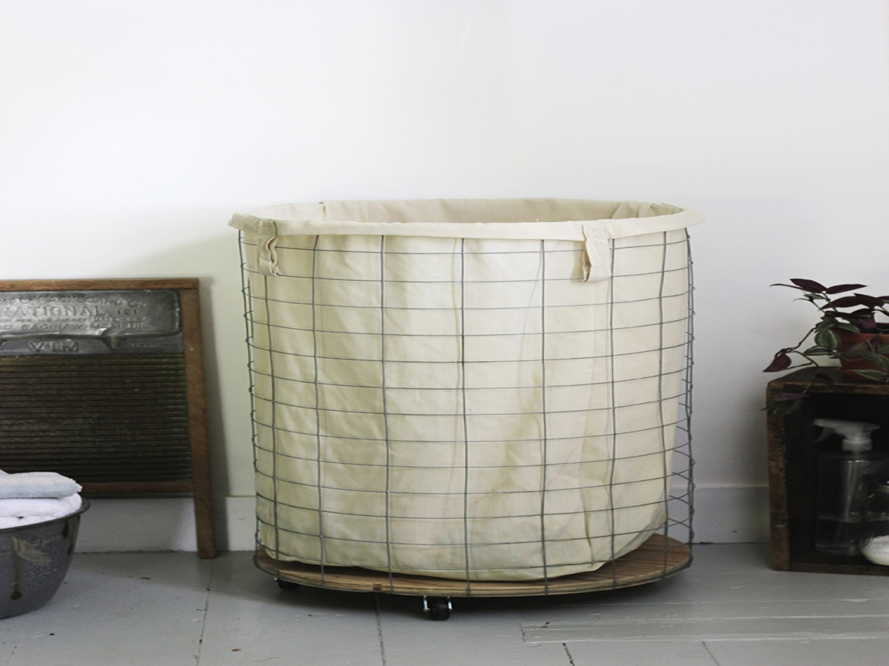 Wire Laundry Sorter Hamper