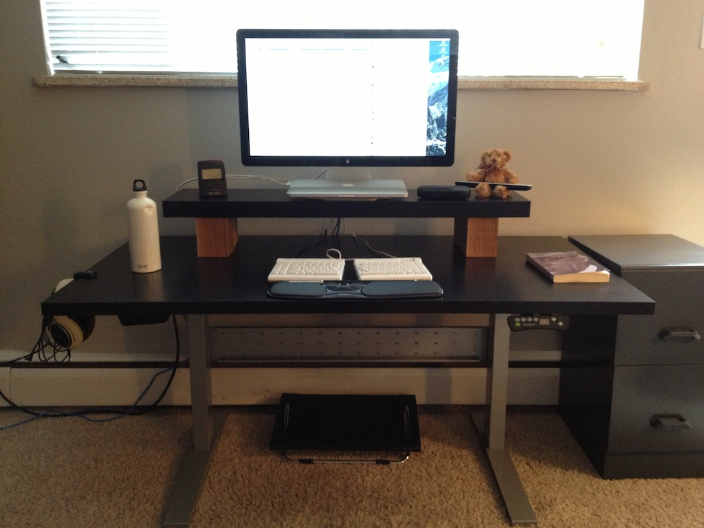 Image of: Adjustable Computer Desk Riser