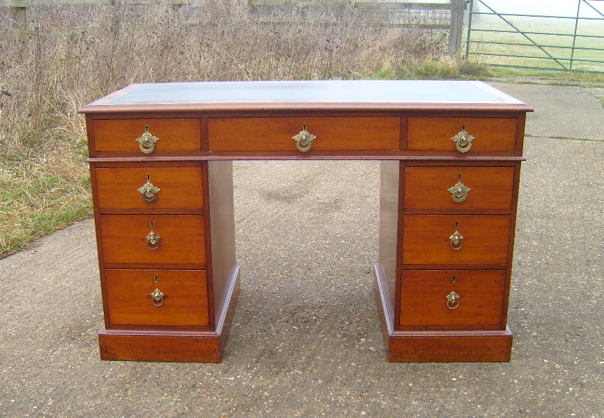 Image of: Antique Writing Desk Furniture