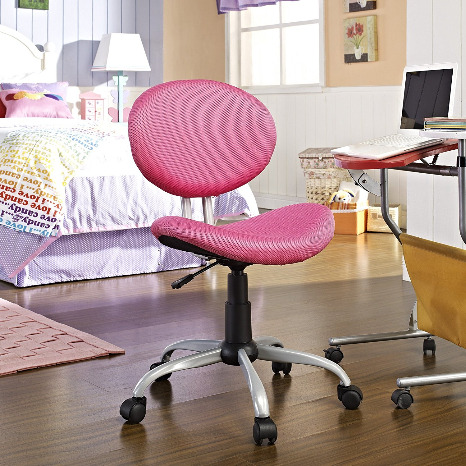 Image of: Awesome Desk Chairs for Teens