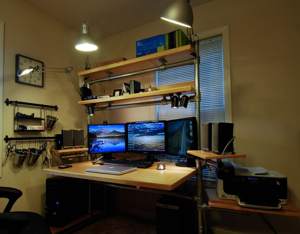 Image of: Best Pc Desk Wood