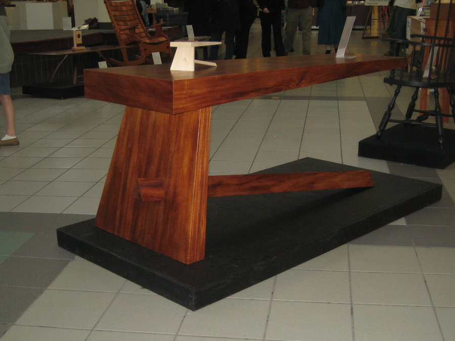 Image of: Cantilever Desk Wood