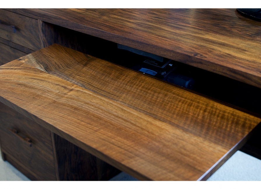 Image of: Cantilever Desk and Bench