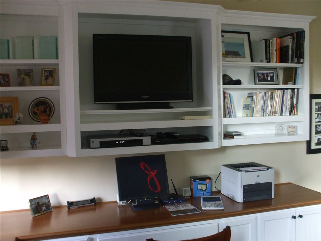Image of: Computer Desk With Bookshelf Office