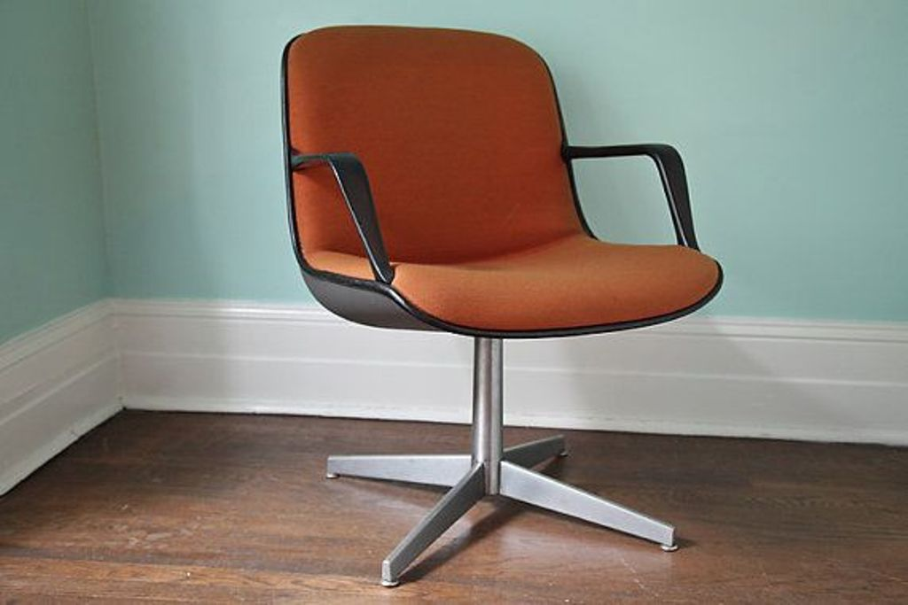 Image of: Desk Chair Without Wheels Ideas