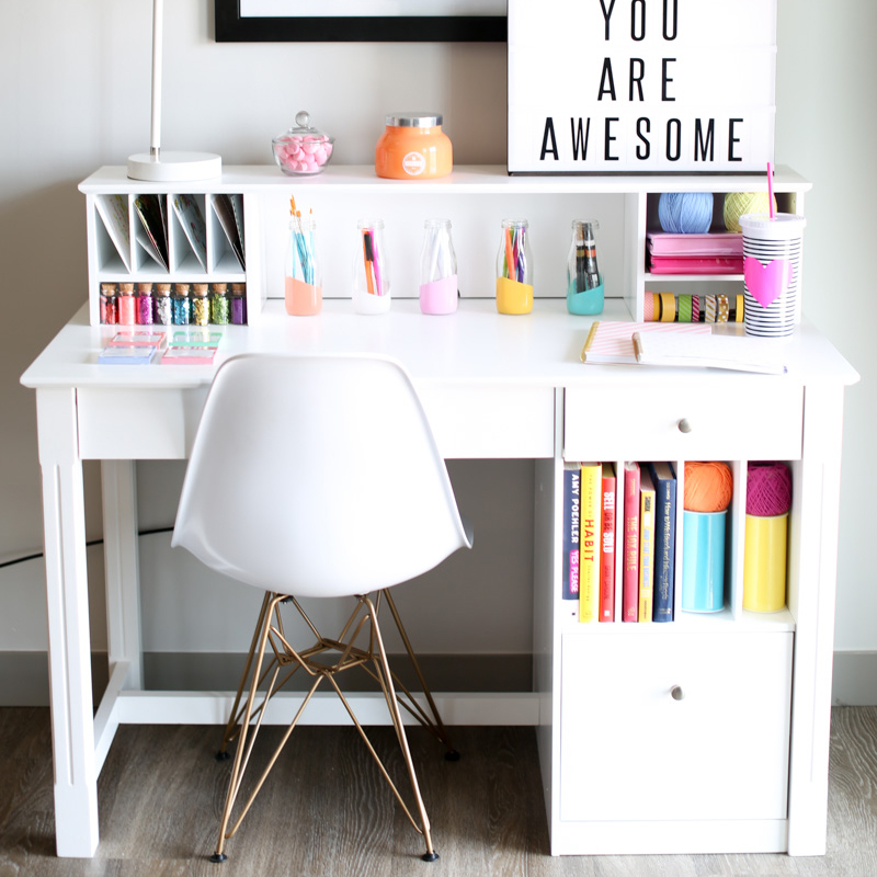 Image of: Kids Antique White Desk With Hutch