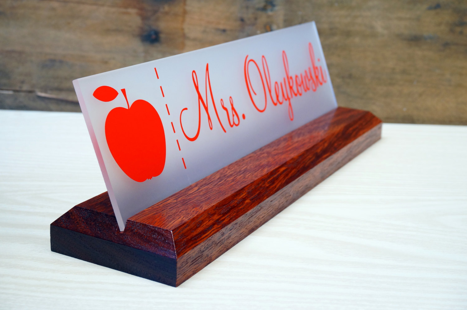 Image of: Office Desk Name Plate