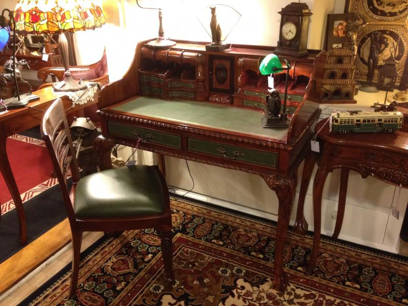 Image of: Reproduction Antique Writing Desk