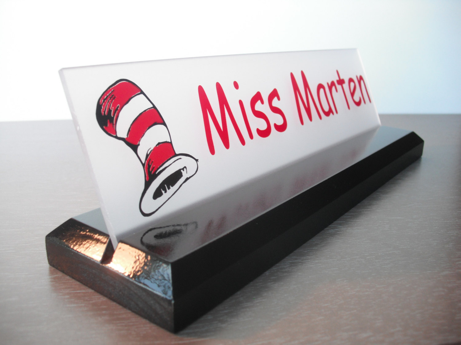 Image of: Teacher Desk Name Plate