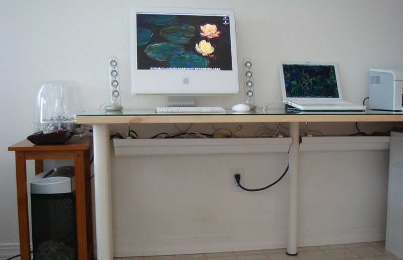 Image of: Wall Desk Cable Management