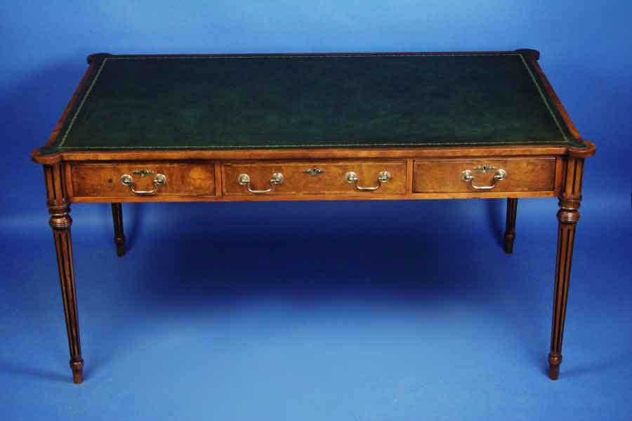 Image of: Walnut Antique Writing Desk