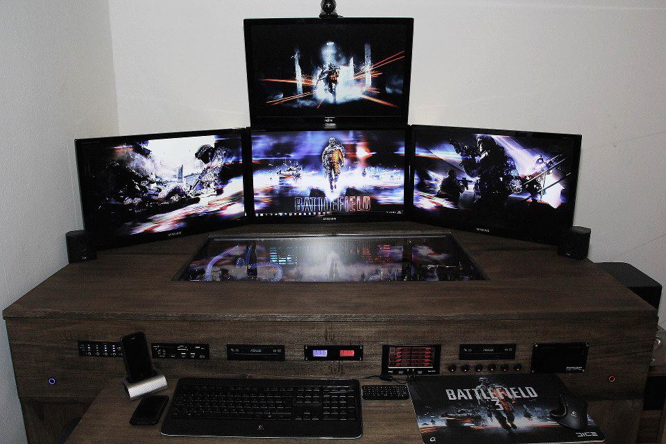 Image of: Wonderful Corner Gaming Desk