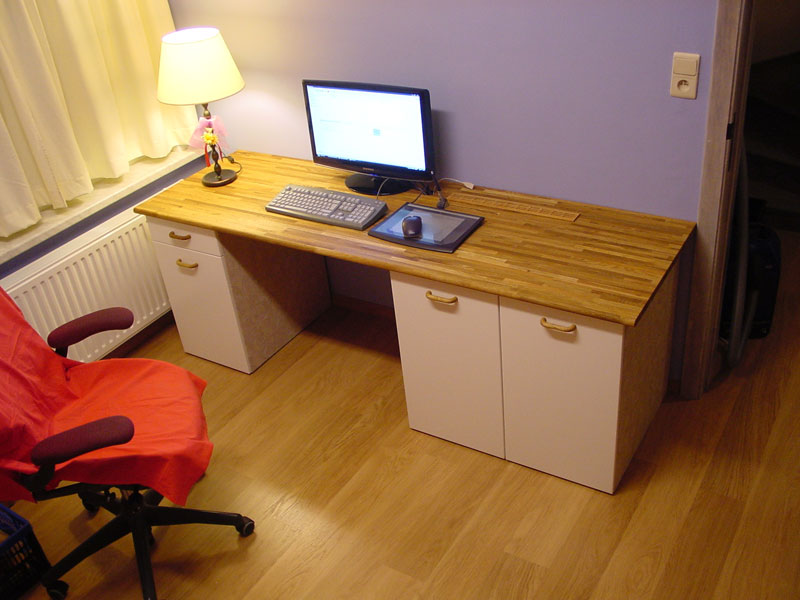 Image of: Wooden Custom Computer Desk