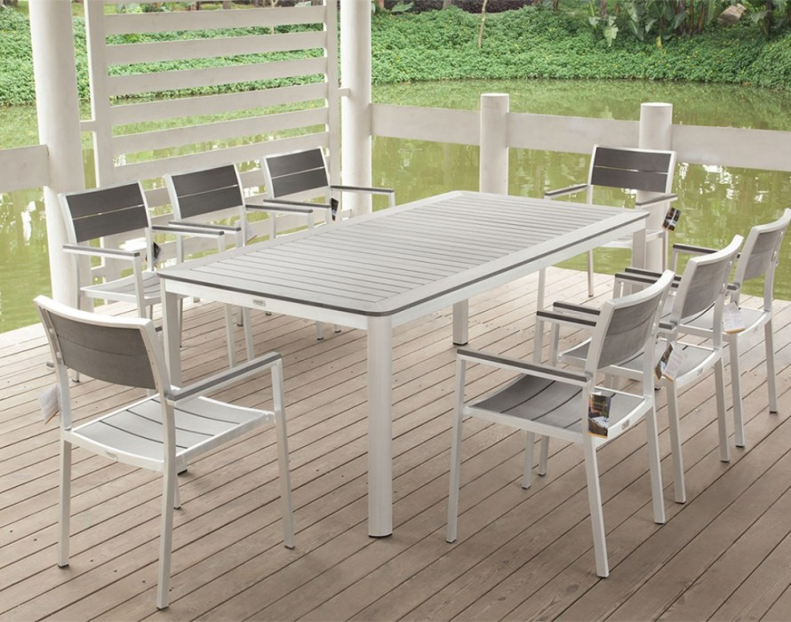 Image of: Aluminum Patio Table Ideas