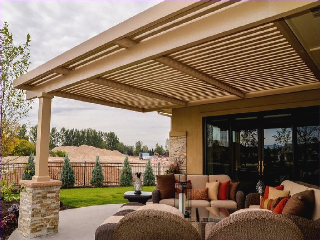 Image of: Awesome Patio Awning Ideas