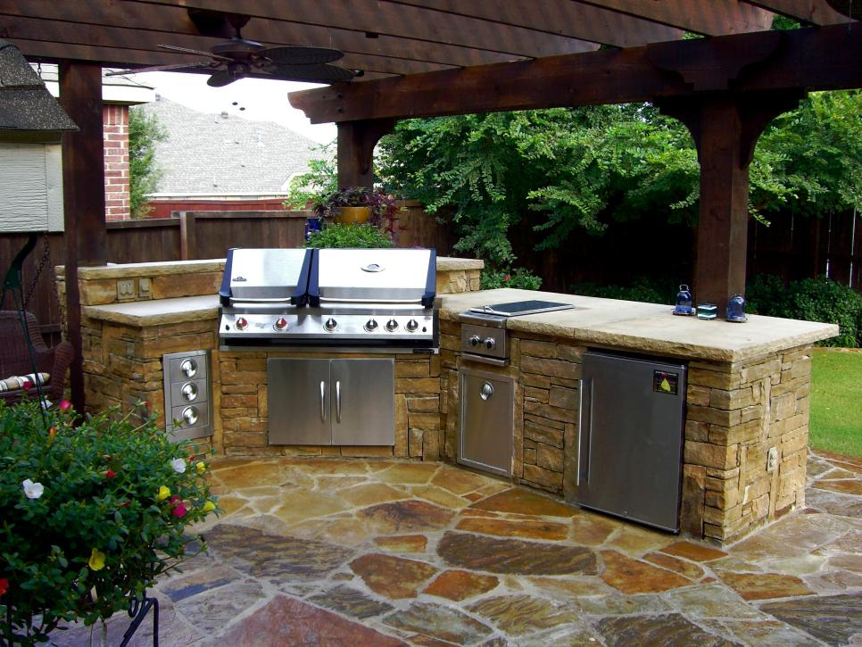 Image of: Best Outdoor Patio Kitchen Ideas Images