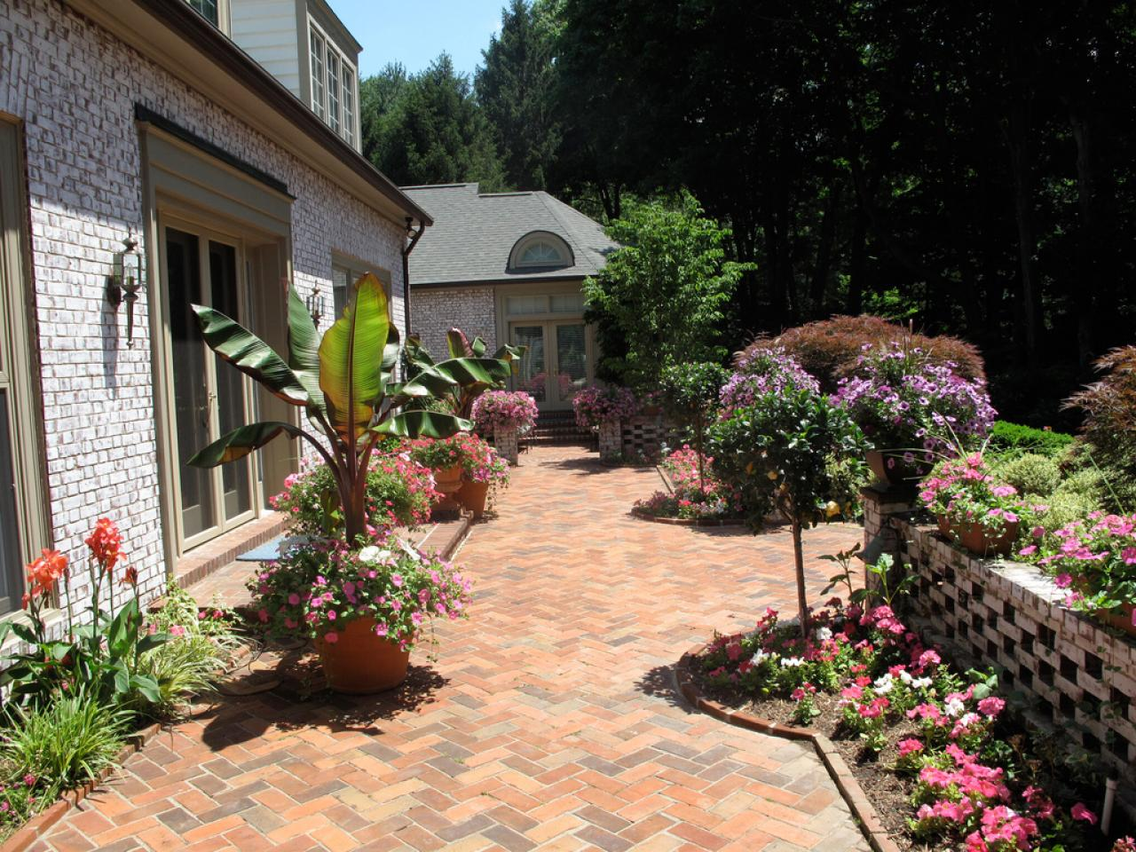 Image of: Brick paver patio ideas Pictures