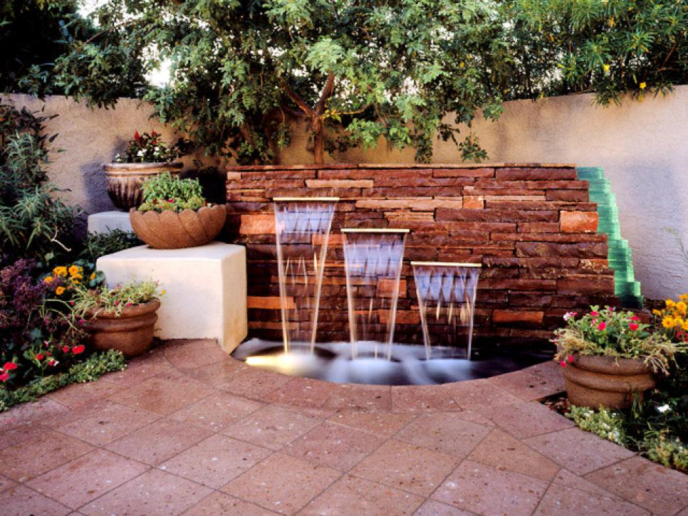 Image of: Build Backyard Patio Design Ideas