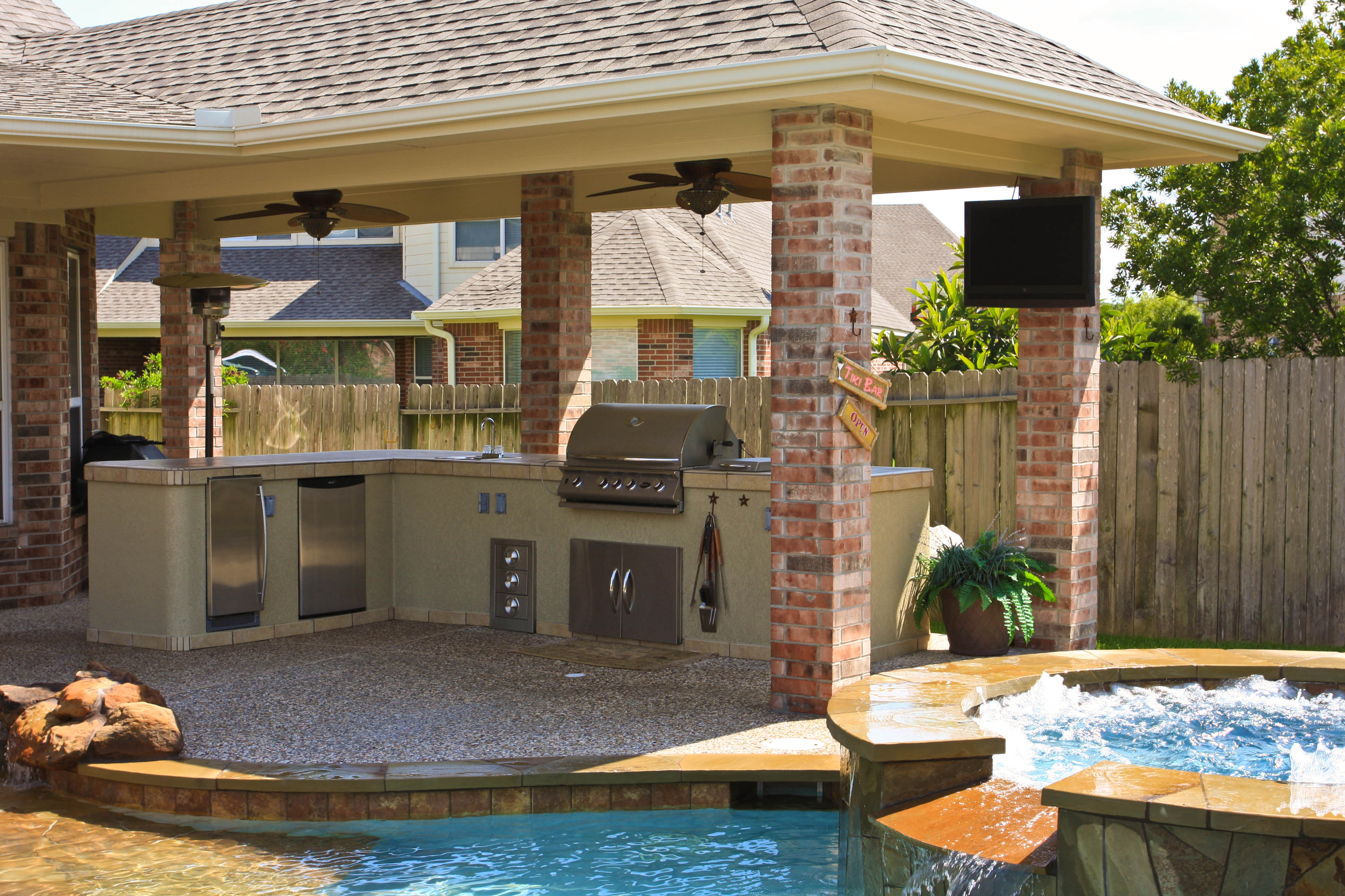 Image of: Cost Of Outdoor Patio Cover Ideas