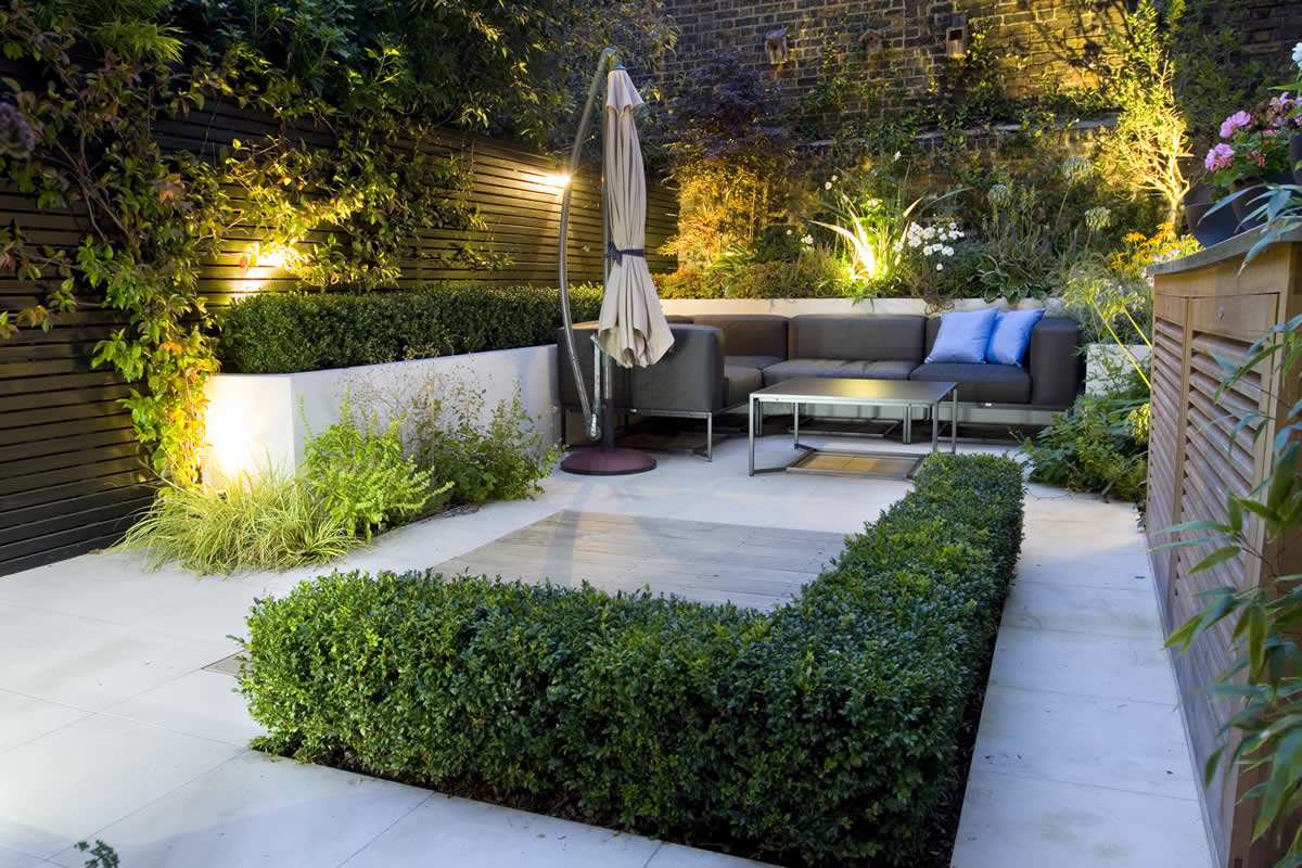 Image of: Covered Small Patio Design Ideas