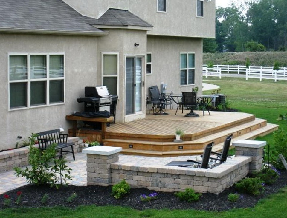 Image of: Deck Patio Ideas Small Backyards