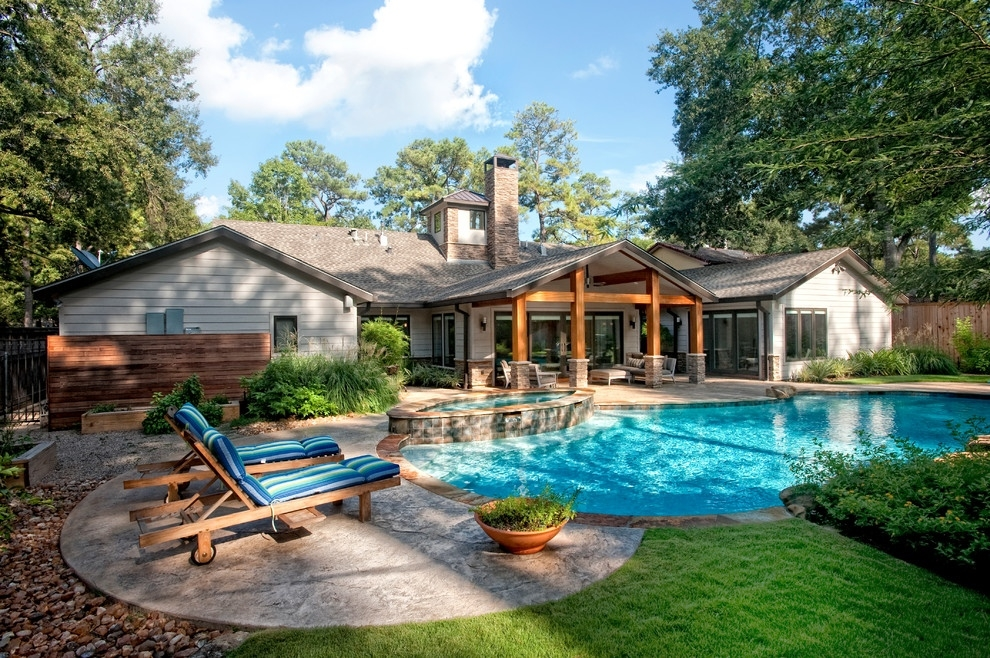 Image of: Enjoy Pool and Patio Ideas
