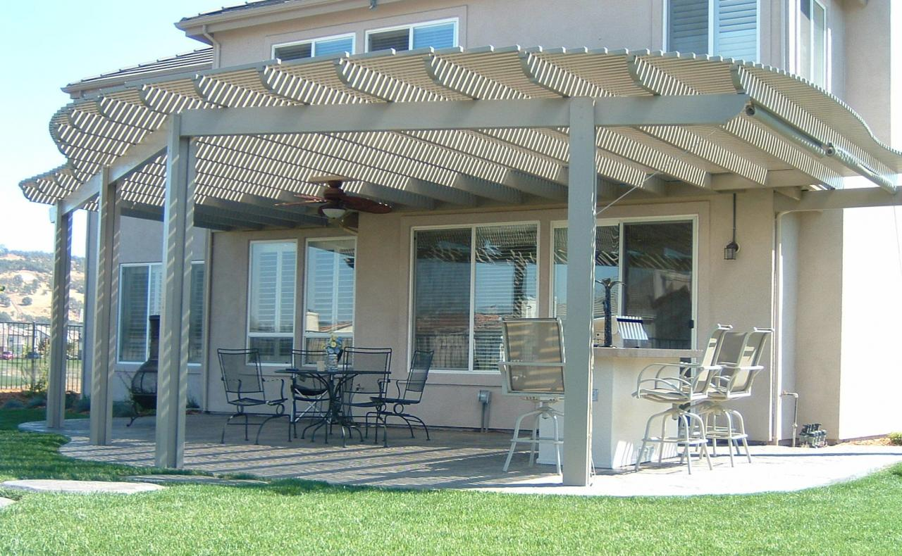 Image of: Famous Latice Patio Cover Ideas
