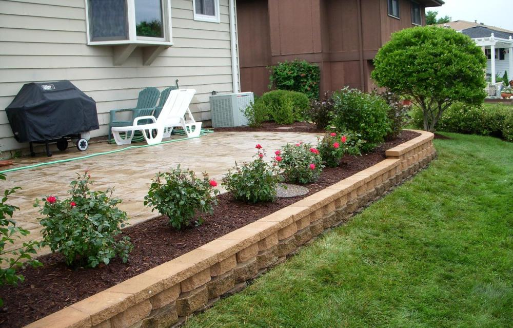 Image of: Flower Landscaping Ideas Around Patio