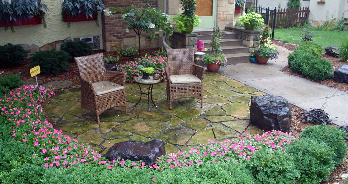 Image of: Lakefront Patio Ideas