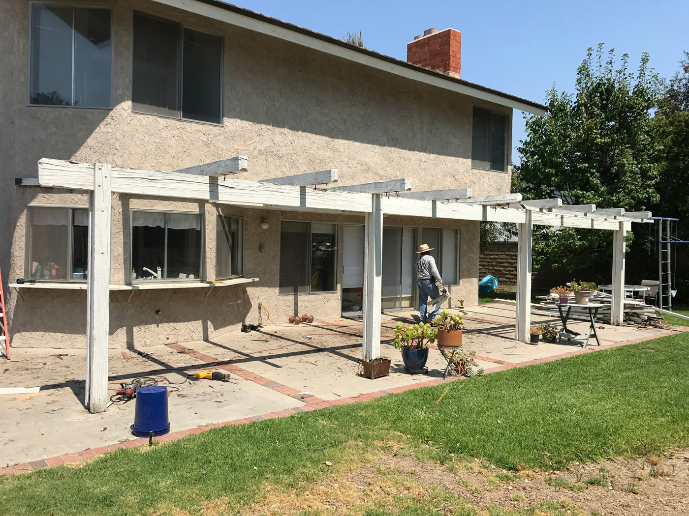 Image of: Latice Patio Cover Build