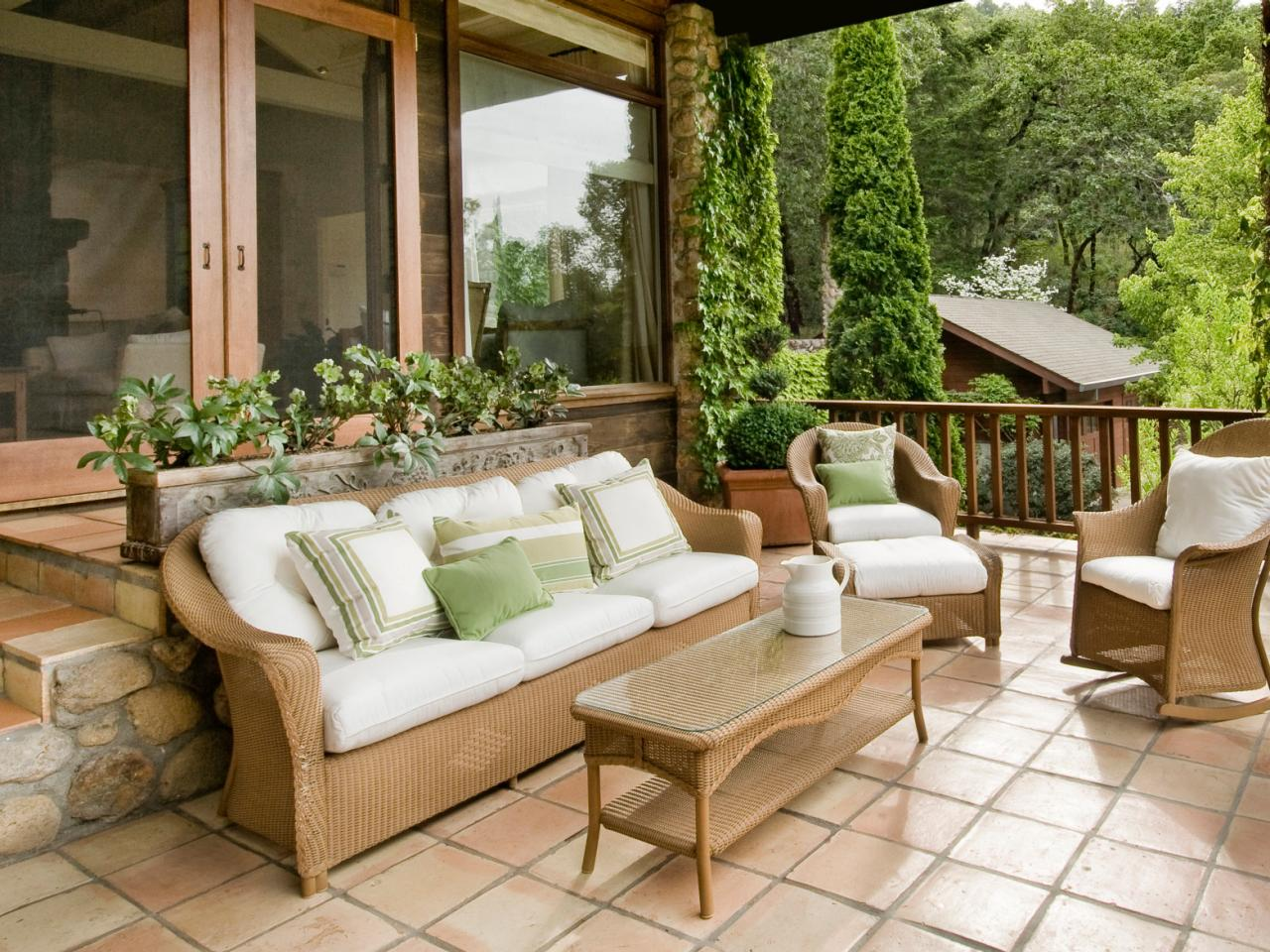 Image of: Outdoor Patio Tile Ideas Pavers