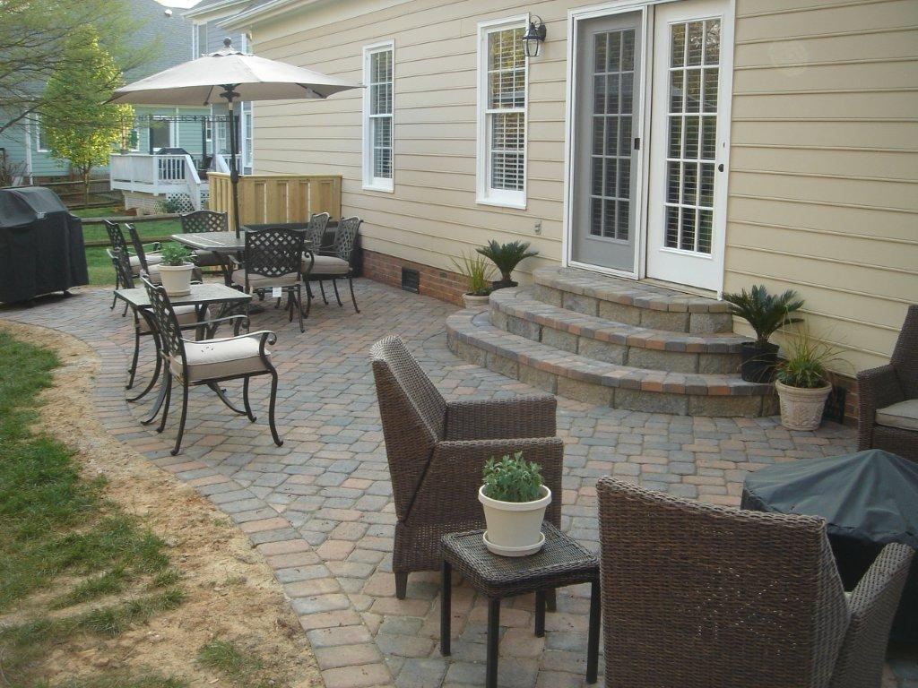 Image of: Outside Patio Paver Design Ideas