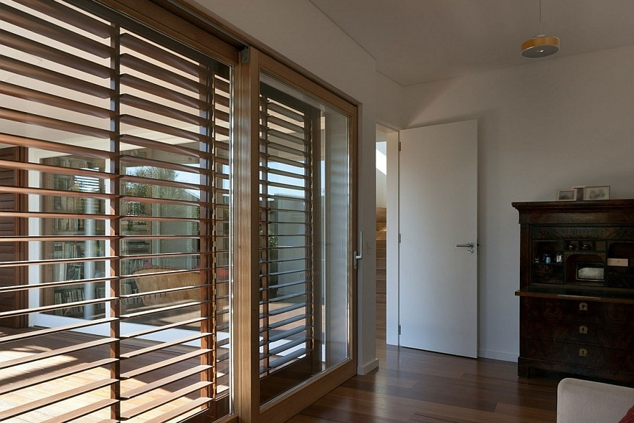Image of: Patio Blinds Ideas Wall