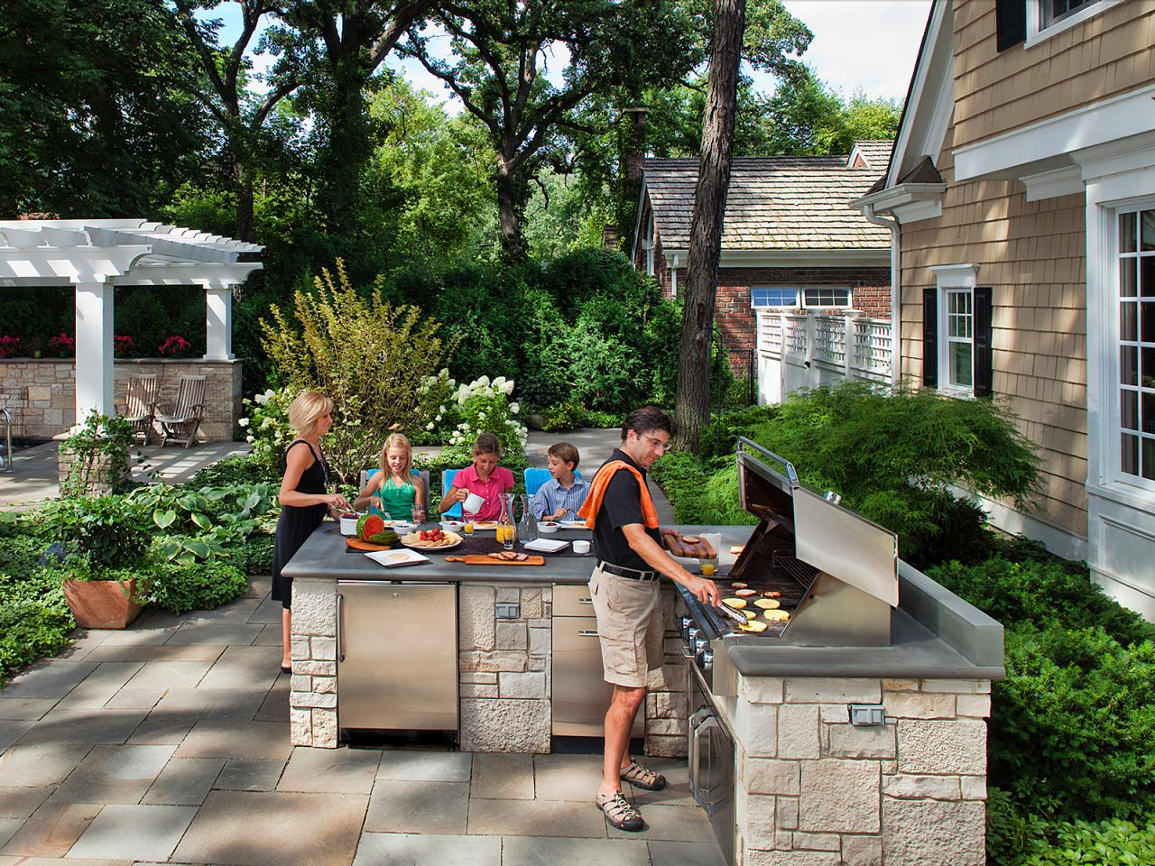 Image of: Picture Backyard Grill Patio Ideas