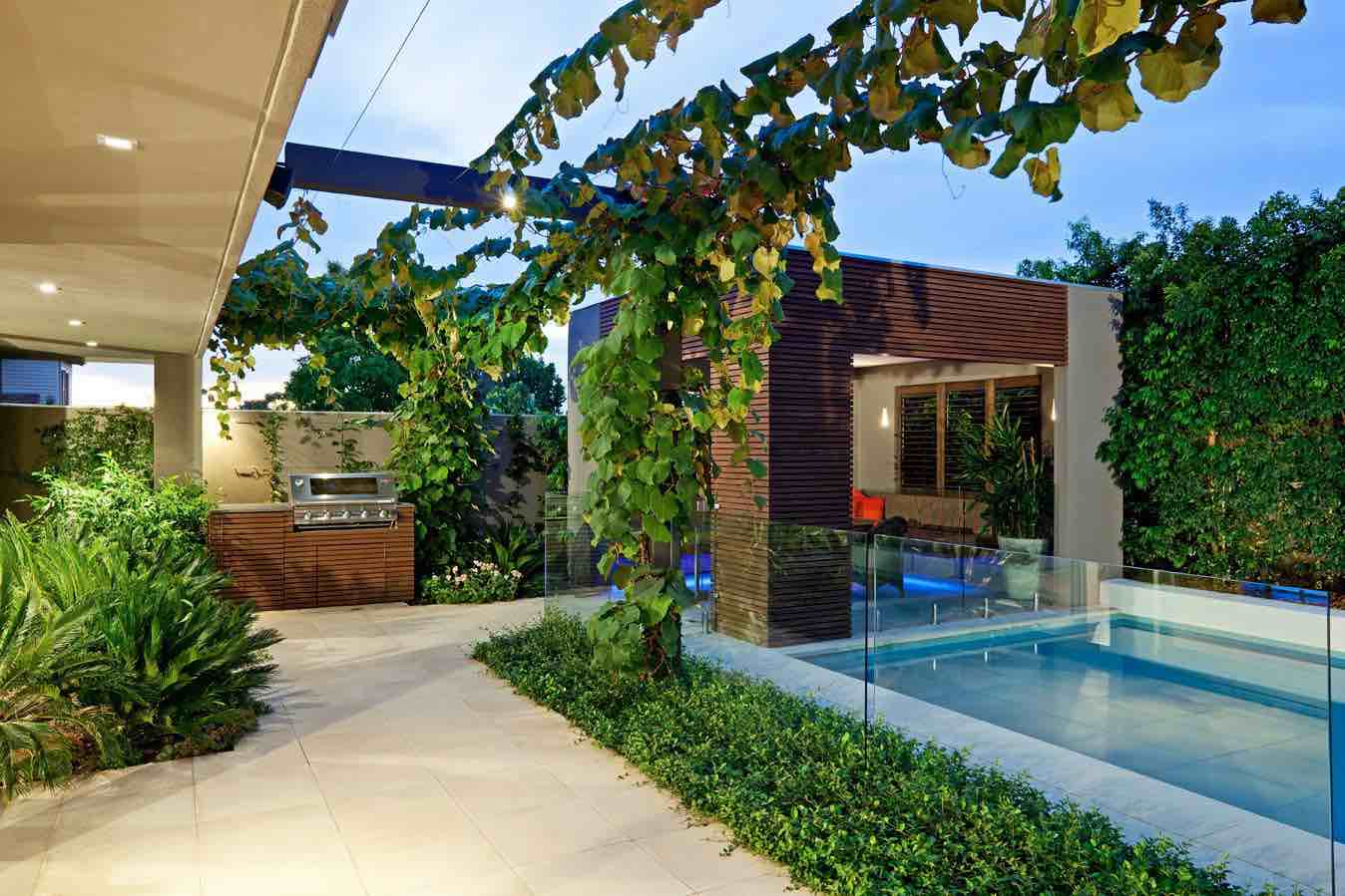 Image of: Pool Patio Landscape Ideas