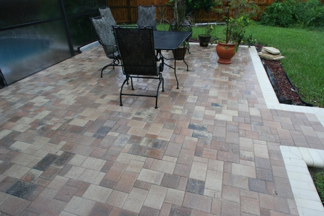 Image of: Small Paver Patio Ideas Design