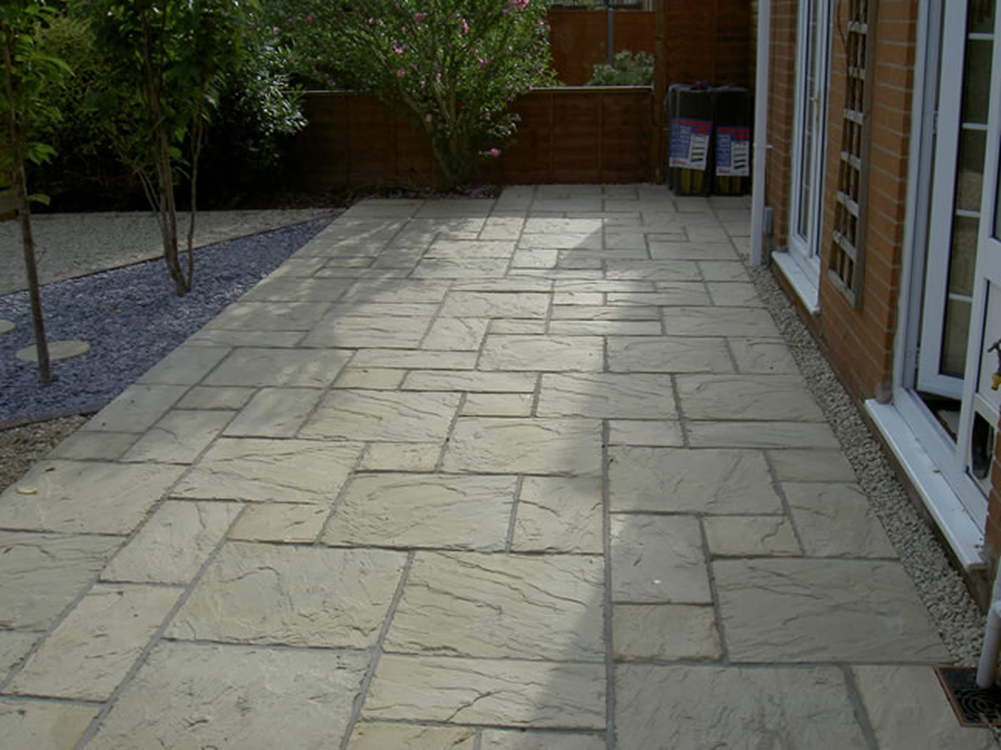 Image of: Small Paver Patio Ideas Innovation